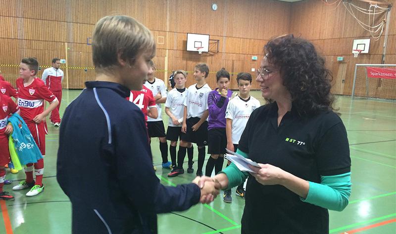 Награждение участников турнира по футболу ST77 ALLERHEILINGEN CUP